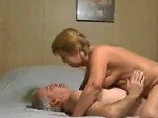 TubeDupe Porno - 9654 Granny And Me 240p