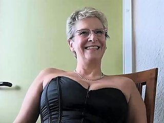 IcePorn Porno - Horny Grey Gilf Just Wants A Young Boy To Fuck