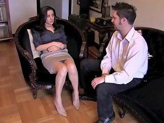 JizzBunker Porno - Jamie Daniels Hypnotized And Gets Her Feet Molested
