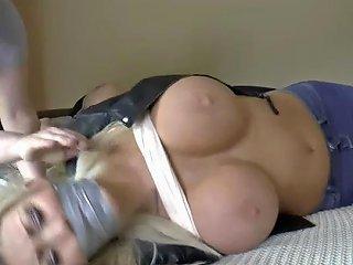JizzBunker Porno - Borderland Bound